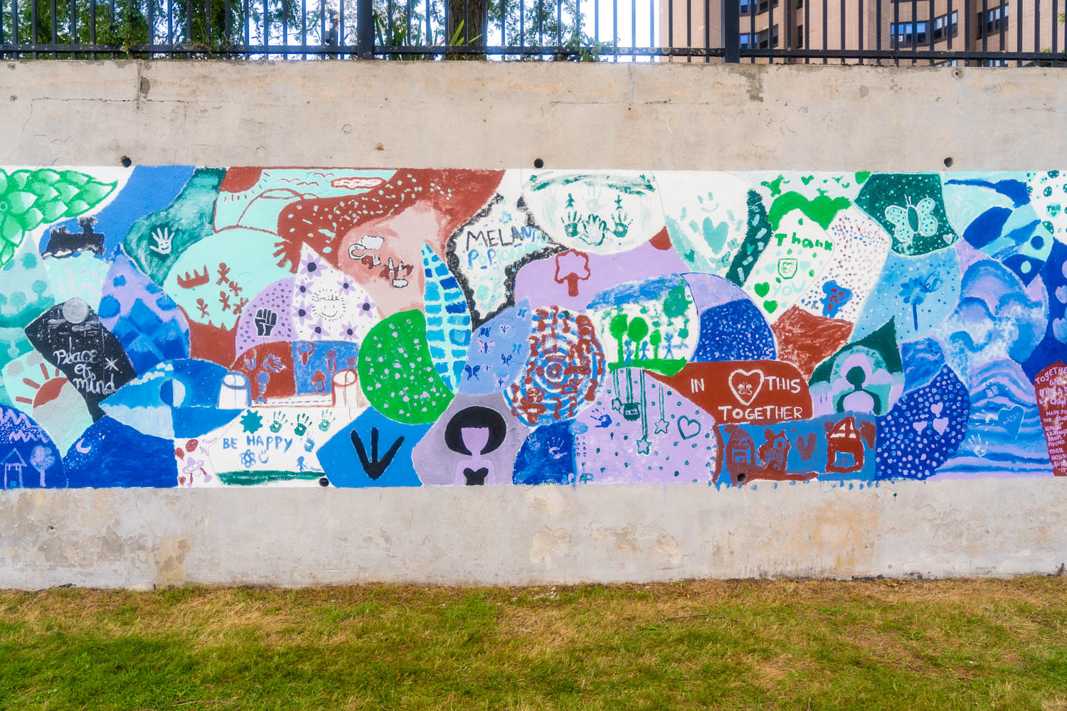 TOGETHER WE CONNECT: GRATITUDE  MURAL